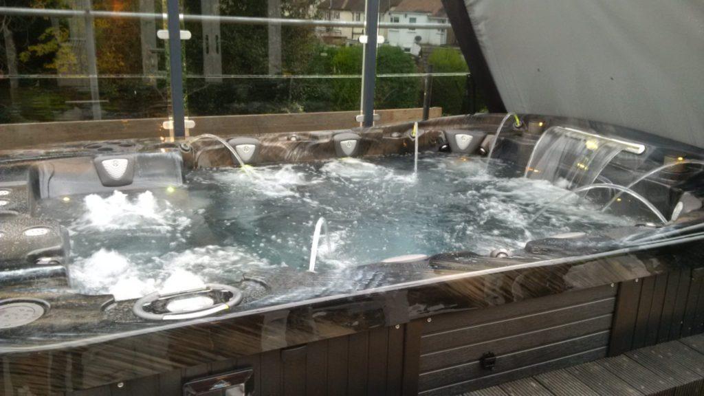 Portable Hot Tubs Vs Traditional Hot Tubs International